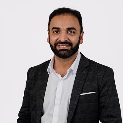 Dr Adnan Khan